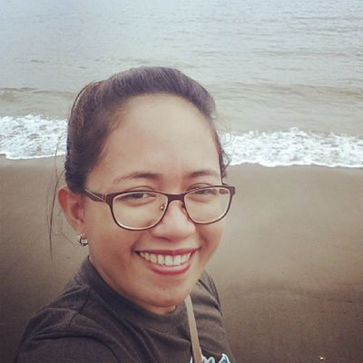 I miss this place. I miss this beach coz' it was heaven for me when I was a kid. :) ♡♡♡ Beach Home Happy Selfie iremember wheniwasakid ilovedthisplace