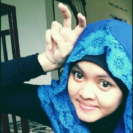 Efek gwiyomi... Kkkk... Gwiyomi Aegyo Girl Hijab bestoftheday crazy LOL Swag instagram instamood guiyomi