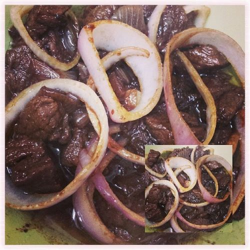 beef steak ni sya kai naai onion rings hahahaha... bsta kai mao nana..lasang beef steak npd.LOL??? Myrecipe Mugna2style Beefsteak Dinner