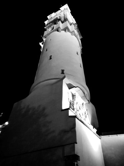 Black And White Unforgettable Unforgettable Moment Unforgettable ♥ Blackandwhite Black & White Street Photography Tower Turm Politics And Government City Sky Architecture Building Exterior Close-up Place Of Worship Statue Spirituality