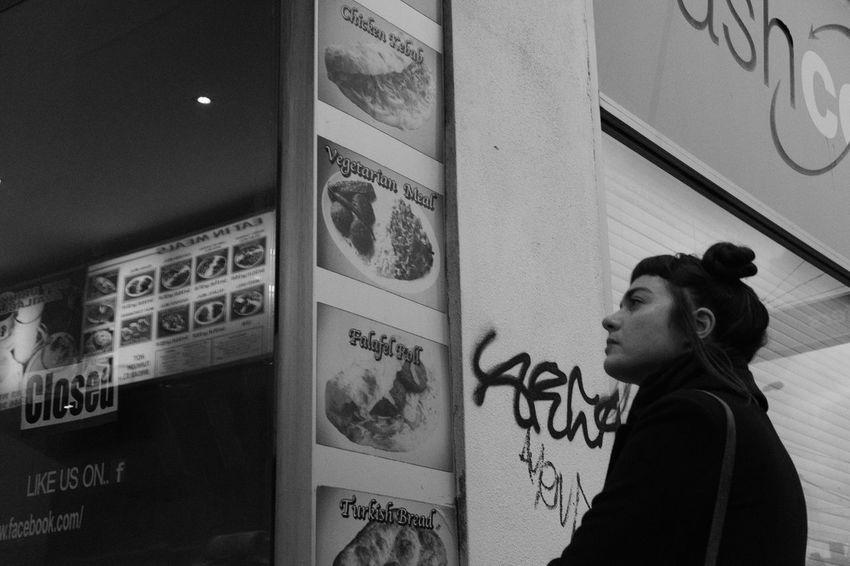 Blackandwhite Monochrome Fujifilm X-pro 2 Streetphotography Street Photography Melbourne Girl