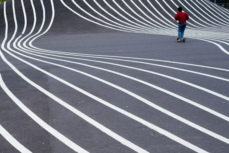 Superkilen, Copenhaghen Abstract Asphalt Chaos City Life Control Copenhagen Learn & Shoot: Leading Lines Kids Spot Superkilen