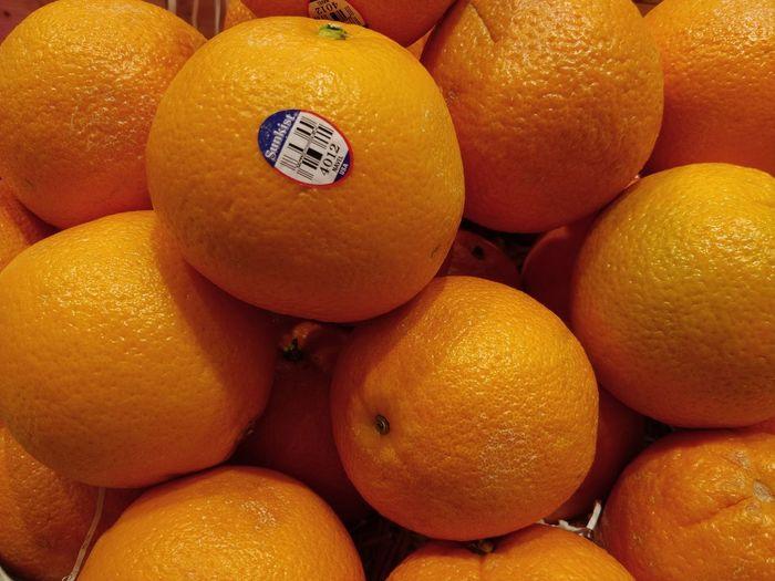 Orange Orange Fruit Eat Eating Many Hungry Diet Unedited Fresh Xong Ci Fa Cai Season  Chinese New Year Fruit Citrus Fruit Food And Drink Healthy Eating Freshness Food No People
