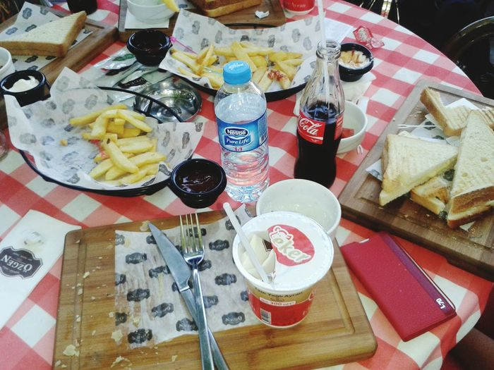 Yemek molası qwqwe♥♥♥