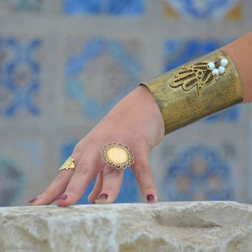 Tunisia IgersTunisia Ring Lord_of_the_rings Jewelry Gold Wikilovesafrica Wlaf Carthagina قرطاجينة أحكيلي Hand_of_fatma Khomsa Migyass تونس ... تعاويذ اﻷلوان :)