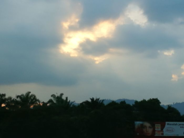 Beauty In Nature Pagoh Yongpeng Highway Sunset No People Outdoors Road Highway Arrow Symbol Sunlight ☀