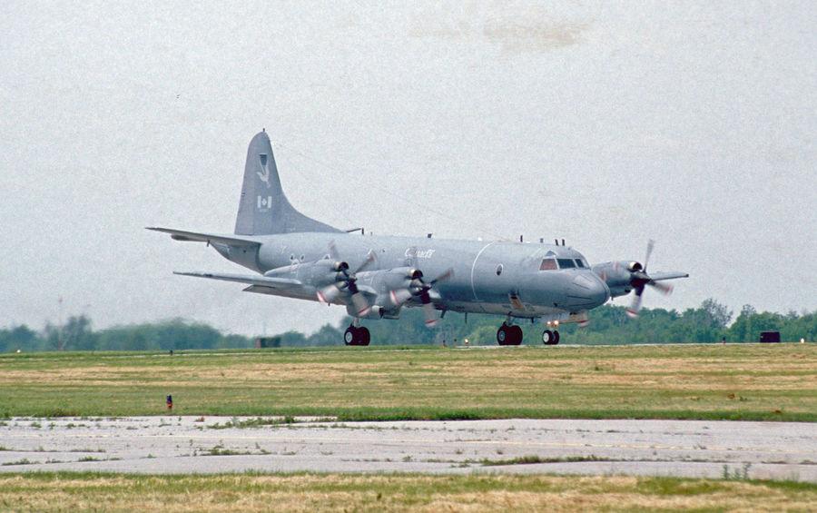 Aircraft Airplane Airport Airport Runway Antisubmarine Canada Lockheed Navy Orion P3v