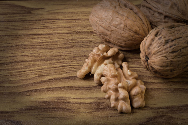 Nuts Walnüsse Close-up Day Food Food And Drink Freshness Healthy Eating Indoors  No People Walnuss Walnut Walnut Fruit Walnut Shell Walnuts