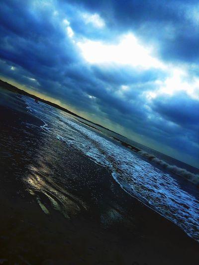 Euphonious ocean waves...!!Beach Beach PhotographyAt Diu  Diu_beach Diu_diaries Diu Trip Diu Gujarat Indiapictures India_clicks Trip Taking Photos Trippy The Week On EyeEm EyeEmNewHere
