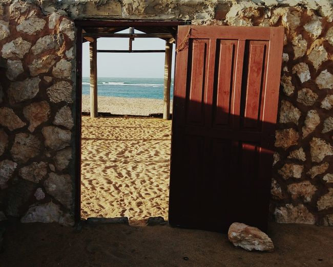 Door to paradise. Feel The Journey in Falcon Venezuela, Doors, Doorsandwindowsoftheworld, Beach, Beachphotography, Water, Sand, Sand & Sea, Houses, Abandoned Places, BeachHouse, Vacationtime, Venezuela_captures, Aroundtheworld.