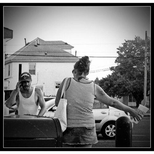 A Negotiation. Monoart Blancoynegro Nb  Bw_lover Noir Blancinegre Blackandwhite Bandw Grey Byn White Bwstyles_gf Black Igersbnw Blackwhite Noirlovers Monochrome Bwoftheday Bw Bwbeauty Mono Nero Bnw Wawa_nation Noiretblanc