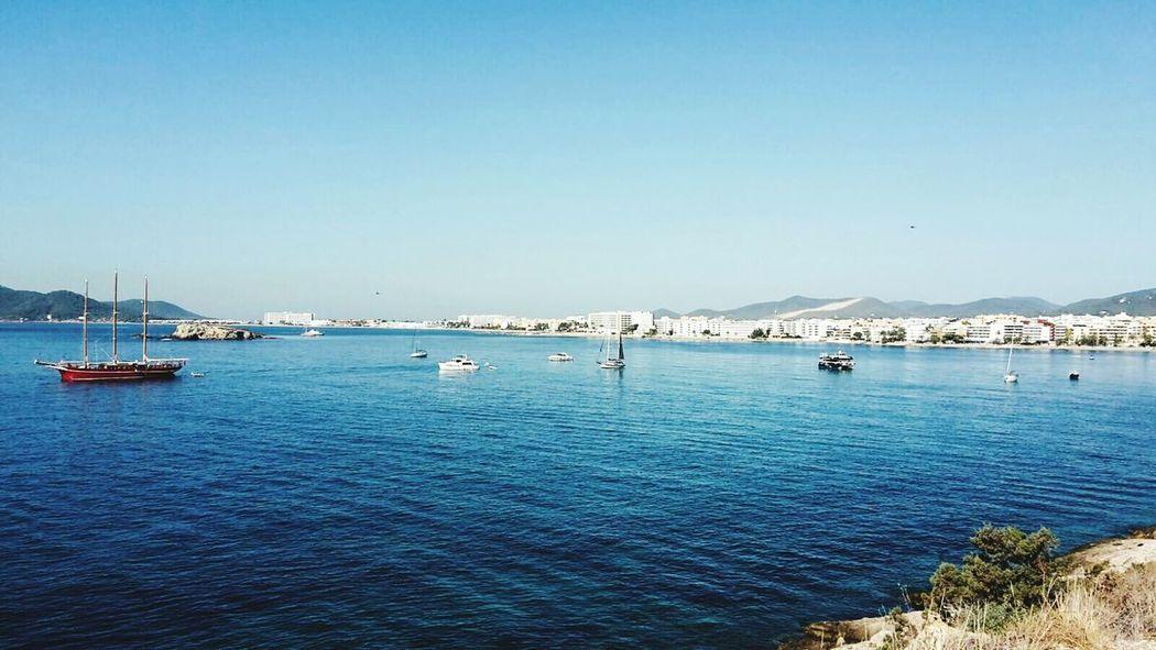 Jacht Bucht Meer Blue Ocean Blue Sky Balearen Ibiza Insel Summerday Sunshine Isla De Ibiza Schiff Ibiza Stadt Küste