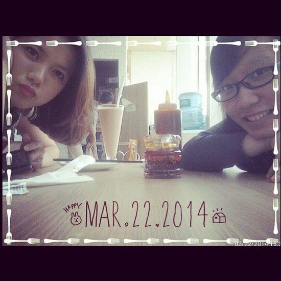 Saturday Hangout with Sisterfromanothermother @noviriana