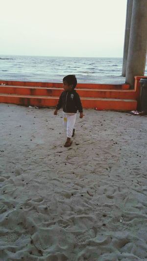 My little prince... Taking Photos Kubu Beach Pangkalanbun My Everything ♥ Love Nephew Enjoying Life EyeEm Indonesia