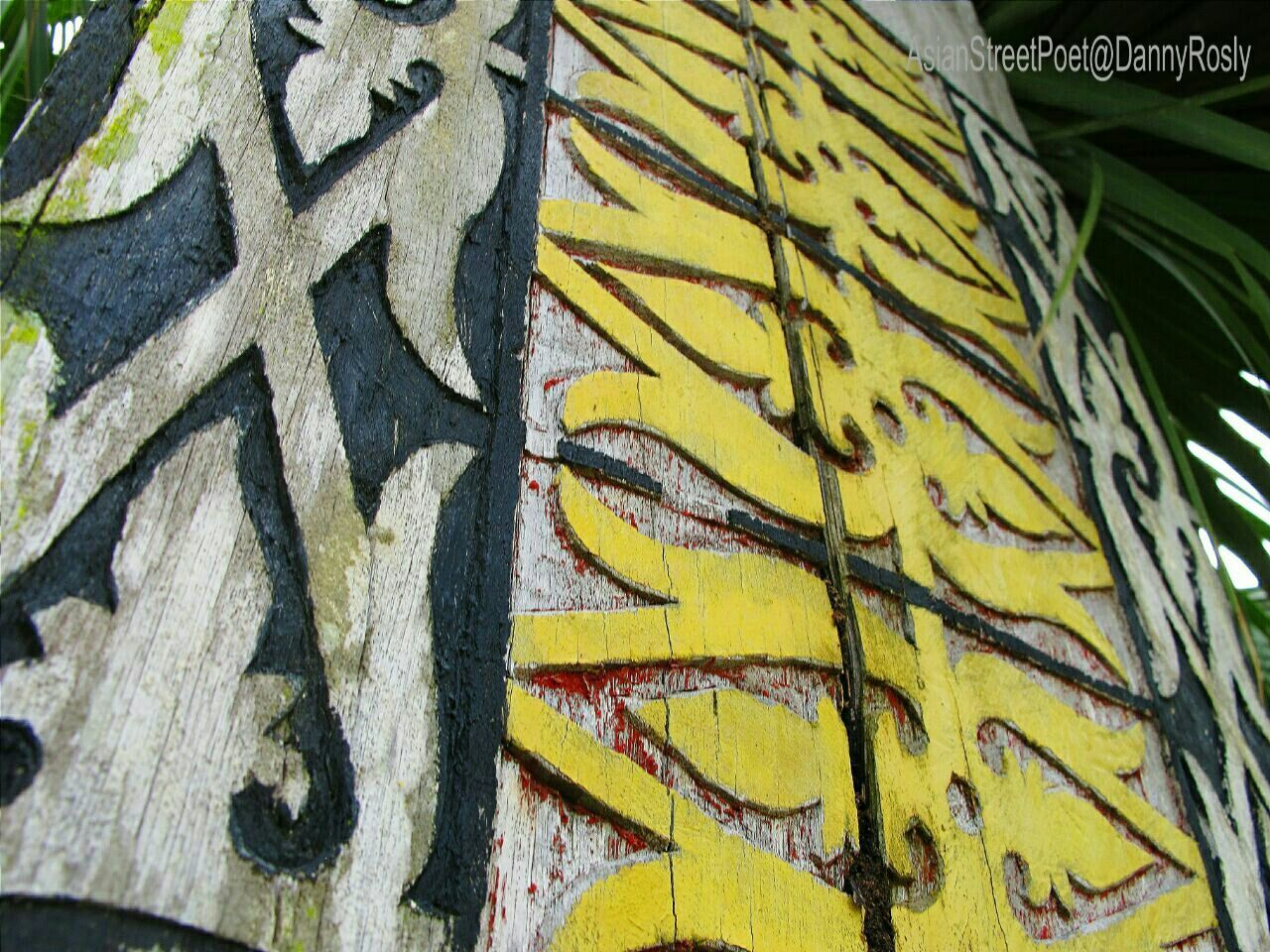 close-up, yellow, outdoors, no people, day, animal themes, nature