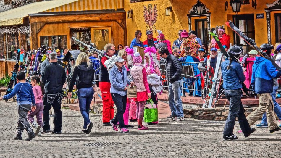 Crowd Day Large Group Of People Millennial Pink Outdoors Pink Vail Real People Skiing ❄ Skiing 🎿 Springtime Vail  Vail Colorado Vail,co