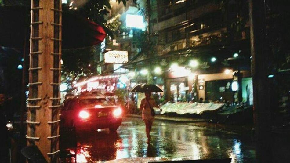 Bangkok at night Wet City Bangkok Rainseason Thailand Bangkok Thailand Bangkoknight Bangkok Streetphotography Umbrella Umbrella Silhouette Rain At Night Nightlife Taxi Streetlights Bokeh ASIA FreshonEyeem