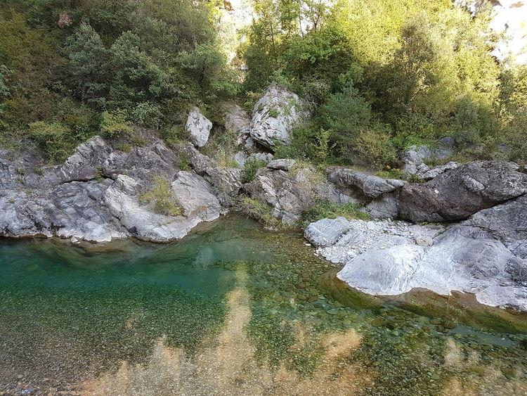 Rio Rocas Tonos Frios Paisaje Natural Naturaleza🌾🌿 Brillo