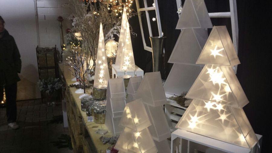 Holographic Leuchten. Ganz großer Trend zu Weihnachten ?