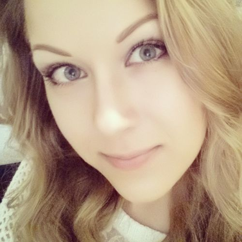 Selfie Self Portrait Girl Young Woman Blond Blonde Blonde Hair Curly Hair Curls Lithuanian Girl Smile Angel Mädchen Locken Lächeln