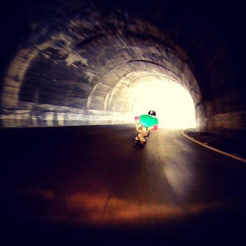 SA Ido La Luz Tunel Coche Dia Skatelife Skateverything Skate Longboarding Longboard Downhillskateboarding Montain  Dh Longforlife