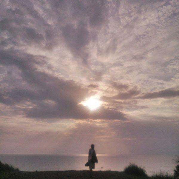 She finally got her beautiful Goan view... Mommyonaholiday PickMyGoaPic Goa Aguada almost Sunset Nofilter Goainstawalk3