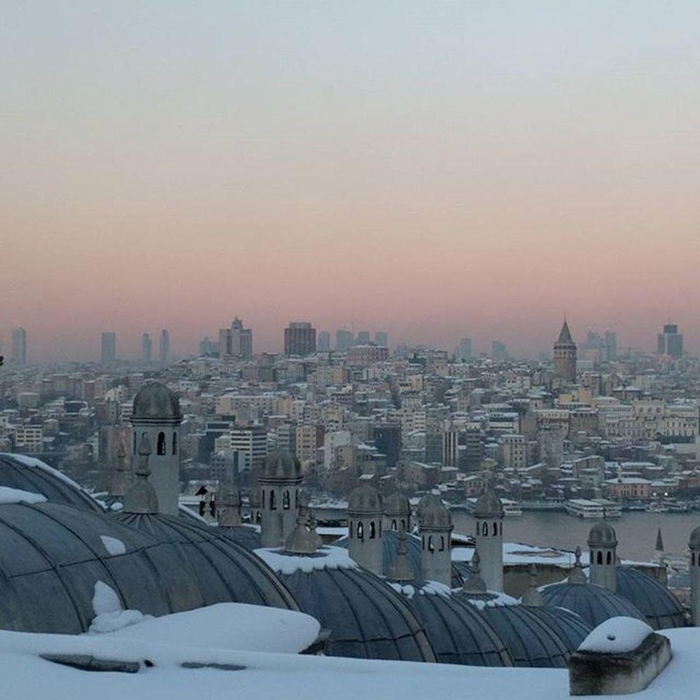 Istanbul Sunset Nofilter Nexus6pphotography It's Cold Outside Panorama Suleymaniye Suleymaniyecami Suleymaniyemosque