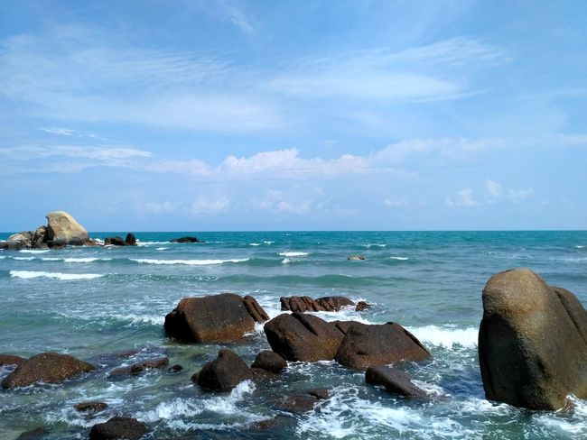 Ko Samui, Thailand Sea Horizon Over Water Beach Rock - Object Sky Nature Water Scenics Blue Beauty In Nature Outdoors Wave No People Day Vacations Tranquil Scene Stone Rocky Mountains Landscape Beauty In Nature Tranquility Cloud - Sky Nature Sea And Sky Archipelago