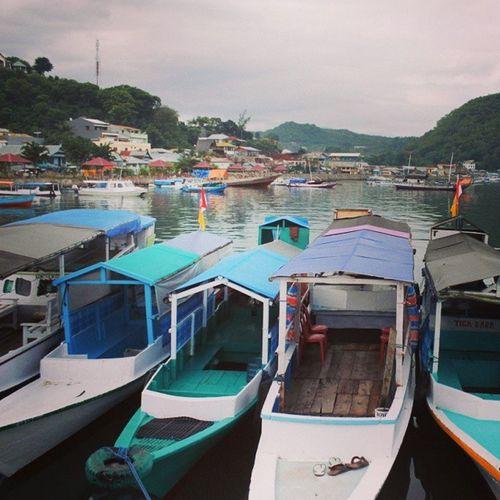 Bersandar Pelabuhanpelni Labuanbajo Nusatenggaratimur INDONESIA