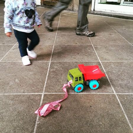 Toytruck on the Pavement but the Kid is not far, Bilbao , 2015