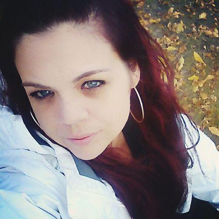 Just Me Blue Eyes Fall Colors Fall Beauty