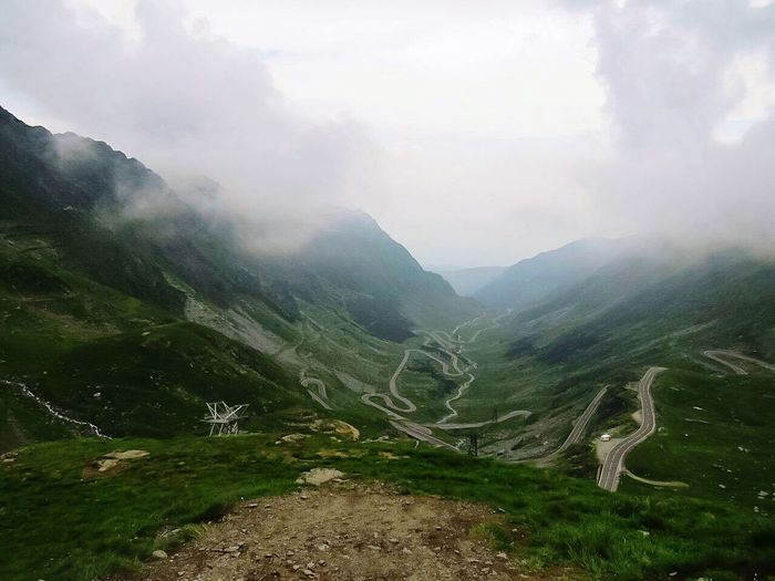 On top of the mountains ⛰ Adventure Club Mountains Mountain View Road Road Trip Transfagaraşan Snakeroad Beautiful Nature View Nature Nature_perfection Nature Photography