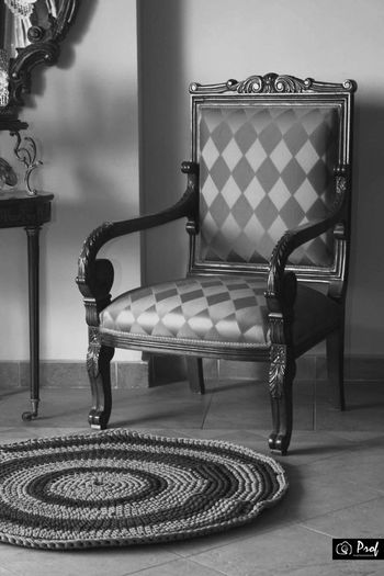 Alexandria Classic Crochet Addict Crochet Projects Crocheting Home Black And White Photography Blackandwhite Chairs Classic Home Classic Photography Crochet Crochet Home Crochet Work In Progress Crochetaddict Crocheting Is My Hobby Crochetlove Crochetlover Lifestyles No People Old Old Chair Ventage First Eyeem Photo