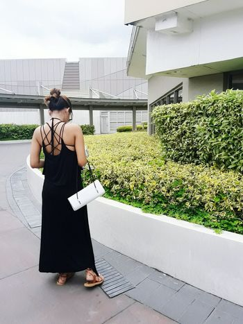Hi Outdoors Sky Day Portrait Archival Lookfortoday OOTD ❤ Backless Maxidress BlackDress Selfie ✌ Just Being Me Keep It Simple Casual Look Simply Elegant Keeping It Classy Stay True, Be YOU ❥ Self Portrait Classy Epic Express Yourself Simplicity Classygirl MY INSTAGRAM @jennyfashionillustration