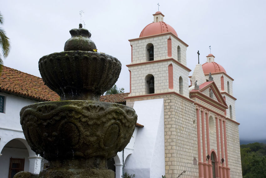 America Architecture Building California Church Fountain Hispanic Historic Mission Old Religion Religious  Santa Barbara USA