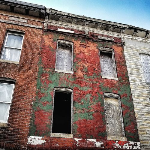Show Me Where It Hurts... Old Buildings Huffpostgram Huffington Post Stories Abandoned & Derelict Creepy AMPt - Abandon Abandoned Buildings AMPt - Street Urbexphotography Urban Skyline Streetphotography Tones Abandoned House Urbanphotography Abandoned Places Façade Window Architecture Building Exterior Built Structure Day Outdoors No People Stories From The City