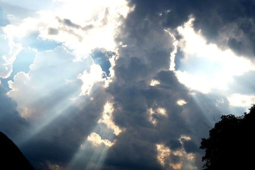 Mountain Blue Sunlight Sunbeam Heaven Sky Cloud - Sky