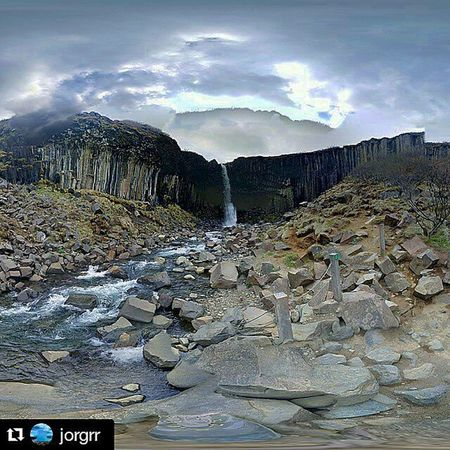 Repost @jorgrr with @repostapp ・・・ 360° Waterfall 360 Svartifoss Iceland Landscape Nature Beautiful Awesome Sky Skyporn Clouds Photooftheday Note3 Photographer Igers Waterfall