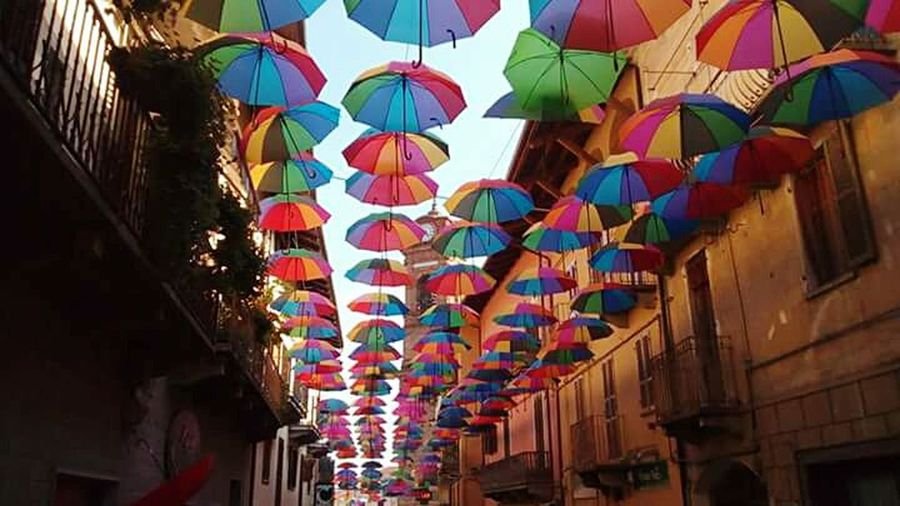 Ombrello Ombrellicolorati Ombrelliincielo Arte Urbano  Arteurbano Arteurbana Multi Colored Architecture Contemporary Art Travel Destinations City Cultures Day Sky