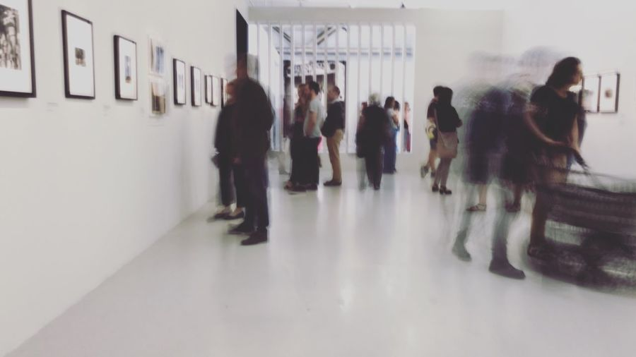 Real People Large Group Of People Indoors  ShotOnIphone Museum Gallery Exhibition Blurred Motion People White Paris The Week On EyeEm The Week On EyeEm Stories From The City Adventures In The City