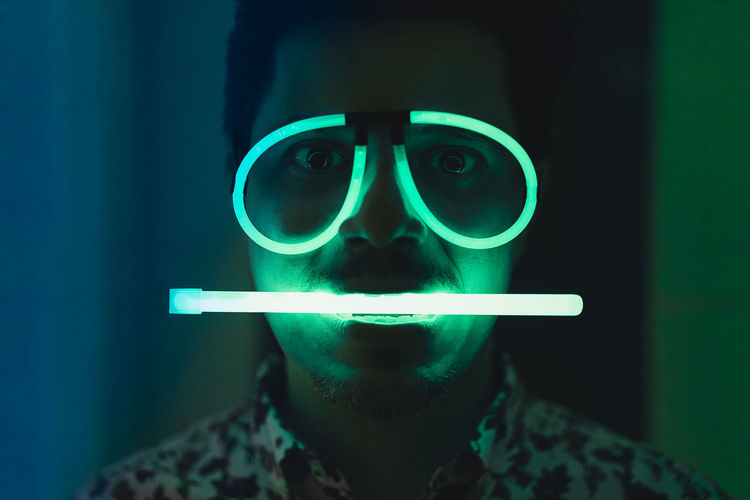 Apporte. Neon Neon Lights Neon Green People Real People Glasses One Person One Man Only Men Man Portrait Front View Males  Close-up Green Color Eyeball Iris - Eye Sensory Perception Eyesight Vision Human Face Human Eye