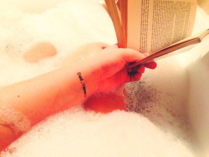 calm evening&american Books Tattoos Relaxing Bubble Bath