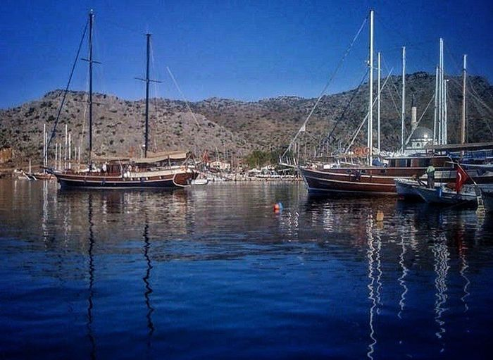Ege güzellikleri.. Gazonungözü Travel Destinations Sea And Sky Lifestyles Yacht Like4like Beauty Touristic Seaphotography Nature