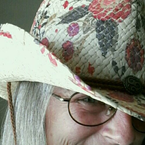 Close-up Cowboy Up Headshot Road Trippin' Carolina Country Music Festival Music Brings Us Together Self Potrait Me, Myself And I Cowboy Hat And Today I'm Wearing A Hat I See U Just Another Self Portrait Thats Me  Ready For My Close Up