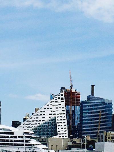 Architecture Intrepid The Great Pyramid of Manhattan