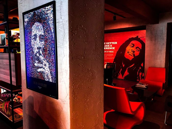Office #BobMarley Red Communication No People Night Text Glass - Material Indoors