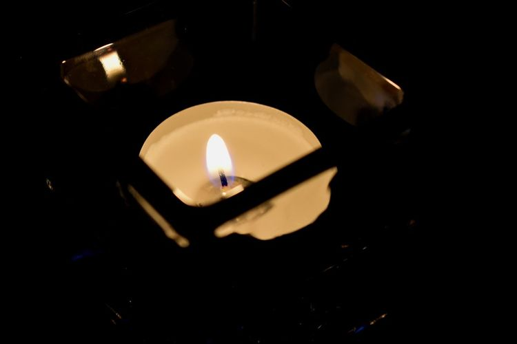 Illuminated Black Background Flame Heat - Temperature Burning Candle Diya - Oil Lamp Close-up Tea Light Candlelight Wax Glowing Darkroom Capture Tomorrow