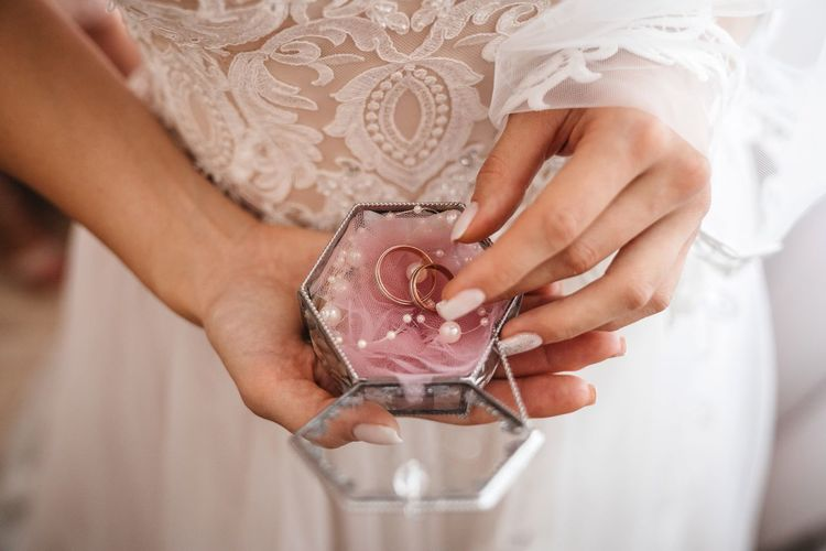Ring Wedding Dress Wellbeing Human Hand Hand Human Body Part Holding One Person Women Midsection Real People