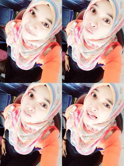 Taking Photos Hello World Enjoying Life Hi! Check This Out That's Me Cheese! Quality Time Gadisbatipuh Journey Perempuanindonesia Im A Muslim Hijabstyle  Hijab Hijabfashion