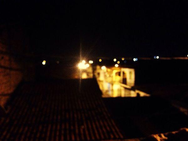 Night Illuminated No People City Dark Desfocus Outdoors Built Structure Building Exterior Sky Architecture Moon Nature(null)